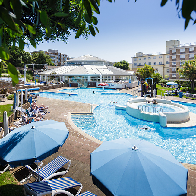 jersey hotels with entertainment