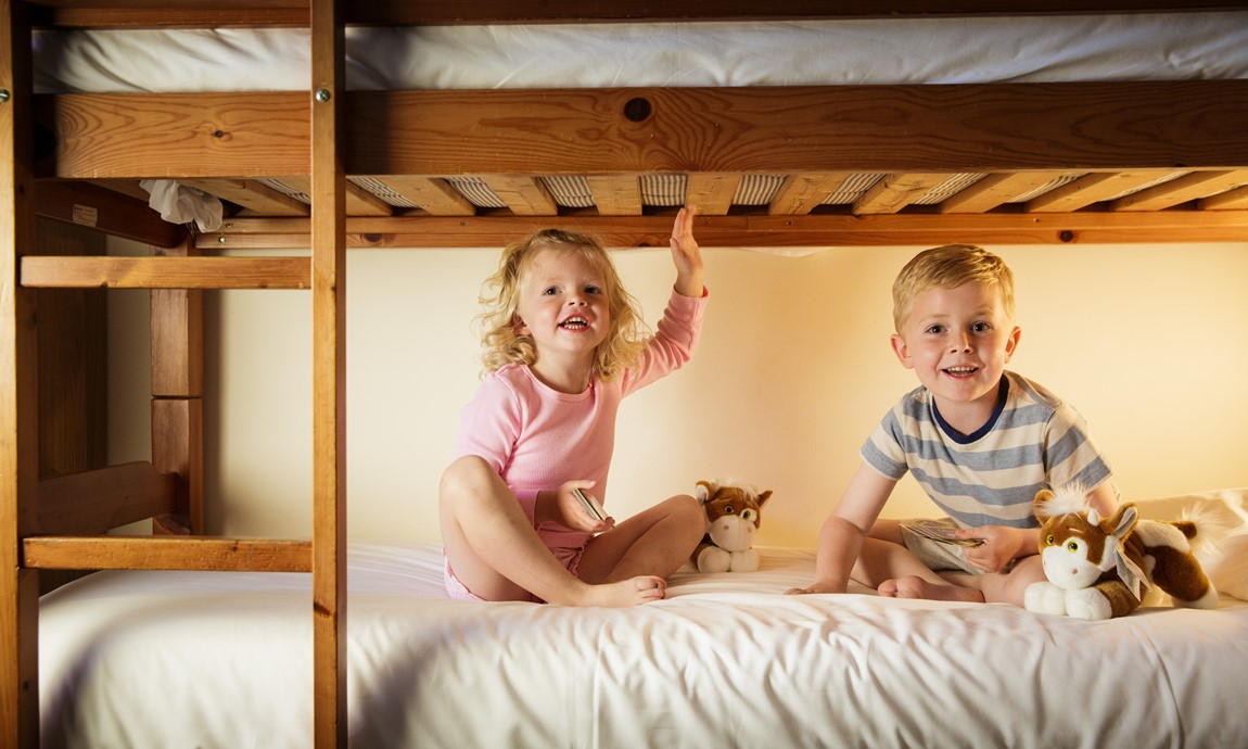 Kids in bunkbed 2