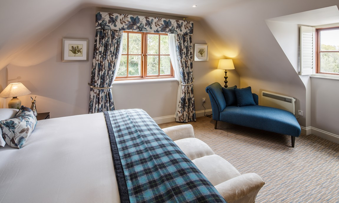 The Killiecrankie bedroom